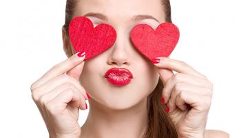 Blefaroplastia remove a pele em excesso dos olhos!